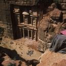 Petra-jordanie-vue-plongeante-sur-le-khazneh_mario-verin