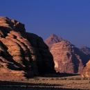 desert-jordanie-magnifique-entree-du-siq-barrah-par-le-sud_mv