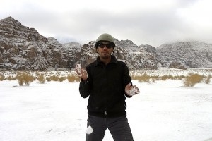 Wadi Rum - le guide Omar Aoudah dans la neige fraiche